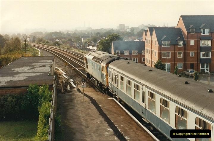 1987-10-19 Parkstone, Poole, Dorset.  (4)0376