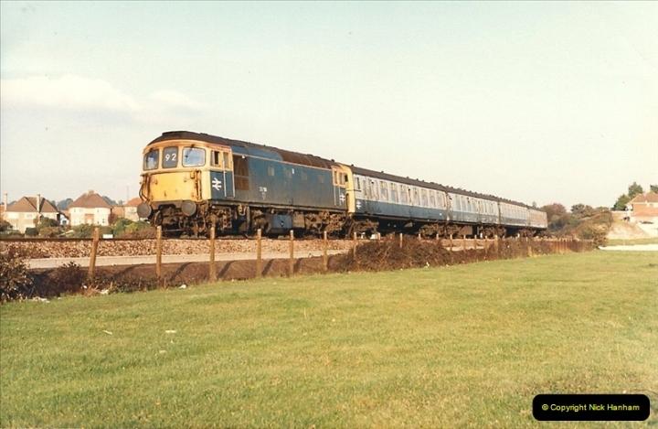 1987-10-19 Parkstone, Poole, Dorset.  (8)0380