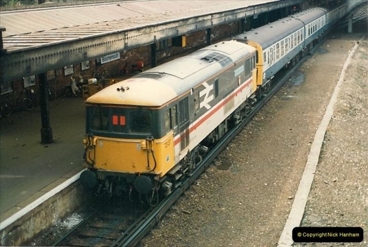 1987-10-22 Bournemouth, Dorset.  (1)0384