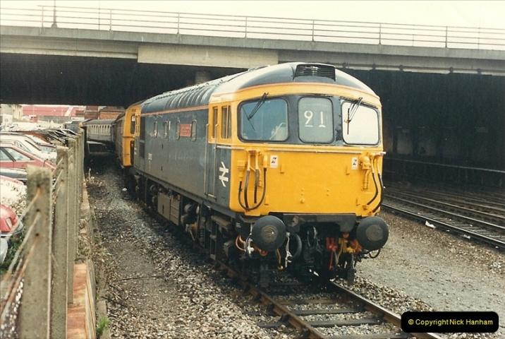 1987-11-01 Bournemouth, Dorset.  (11)0412