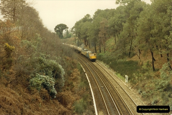 1987-12-28 Class 47 failure rescued by Class 33. Parkstone, Poole, Dorset.  (3)0441
