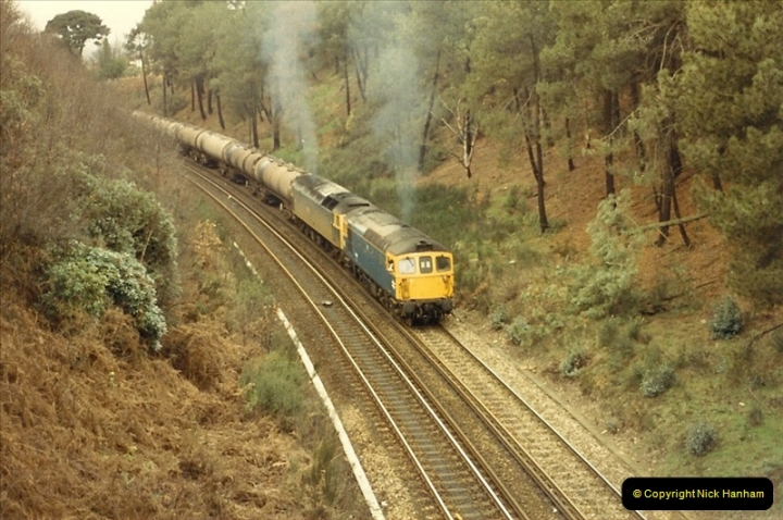 1987-12-28 Class 47 failure rescued by Class 33. Parkstone, Poole, Dorset.  (4)0442