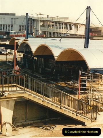 1988-02-15 The New Poole station takes shape.  (1)0460