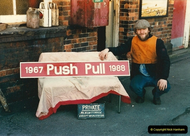 1988-02-16 Bournemouth, Dorset.  (2)0466