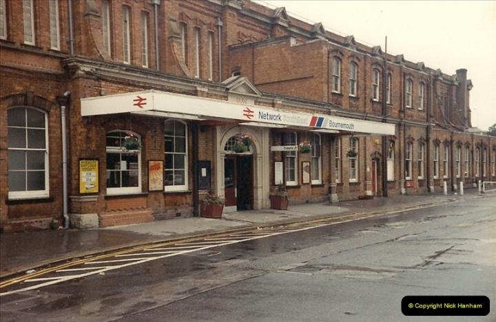 1988-02-26 Bournemouth, Dorset.  (3)0489