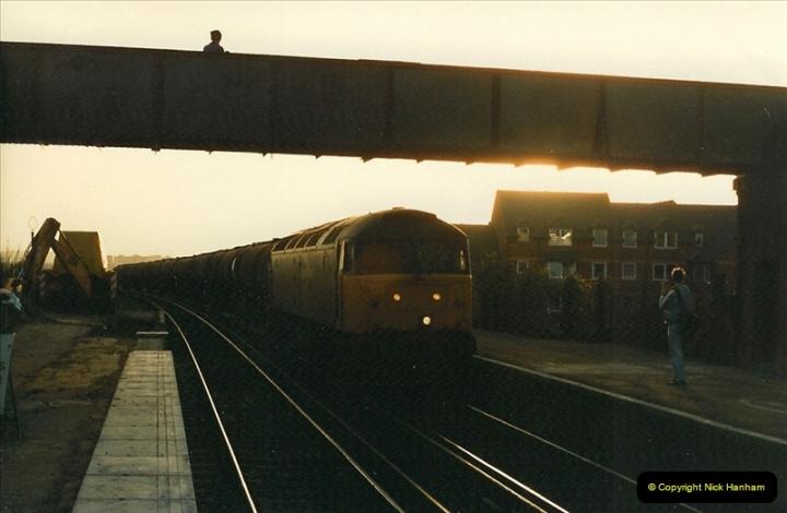 1988-03-25 Parkstone, Poole, Dorset.   (3)0541