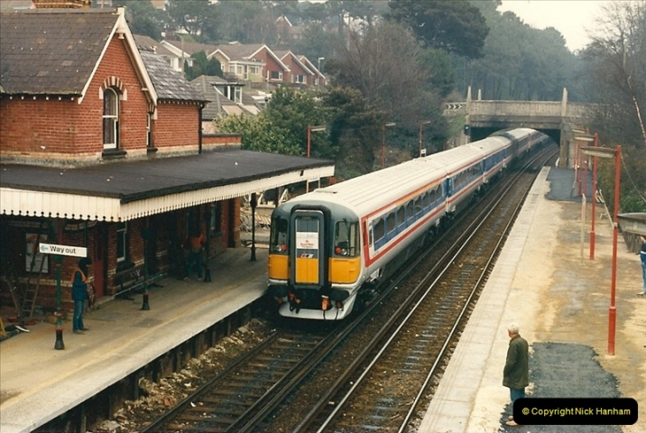1988-04-12 Record breaking run by a Wessex Electric Waterloo to Weymouth. 1 Hour 59 Minutes 24 Seconds (4)0588