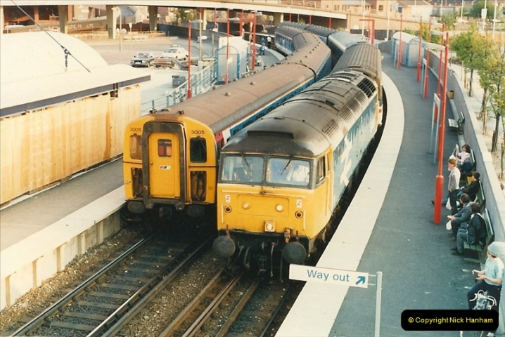 1988-05-16 Poole, Dorset. New sleeper service to Edinburgh starts. (1)0627