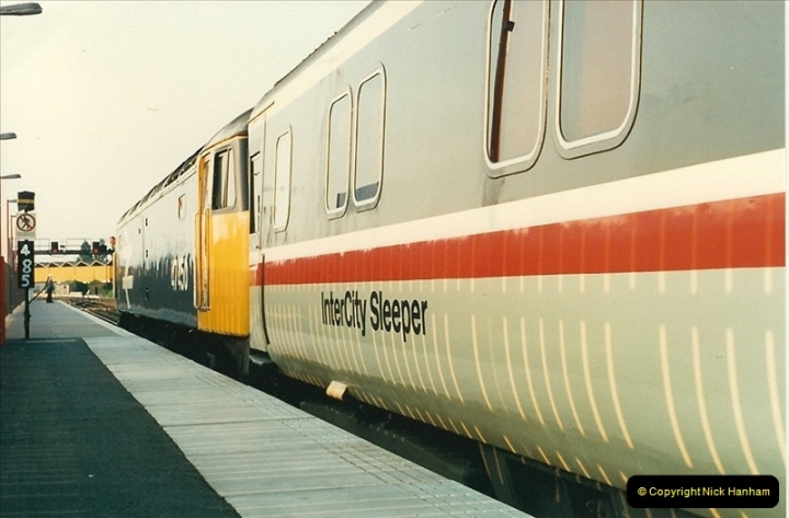 1988-05-16 Poole, Dorset. New sleeper service to Edinburgh starts. (2)0628