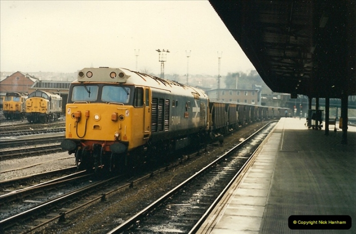 1989-01-17 Bristol Temple Meads, Bristol.  (9)0009