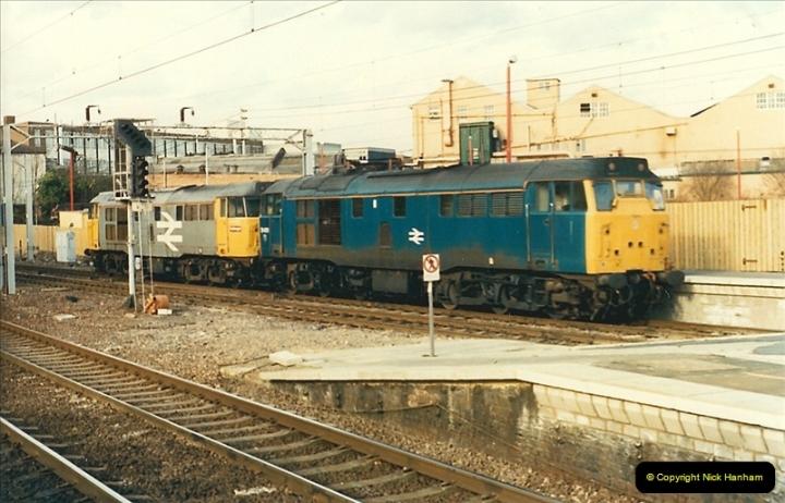 1989-02-11 Watford, Hertfordshire.  (2)0018