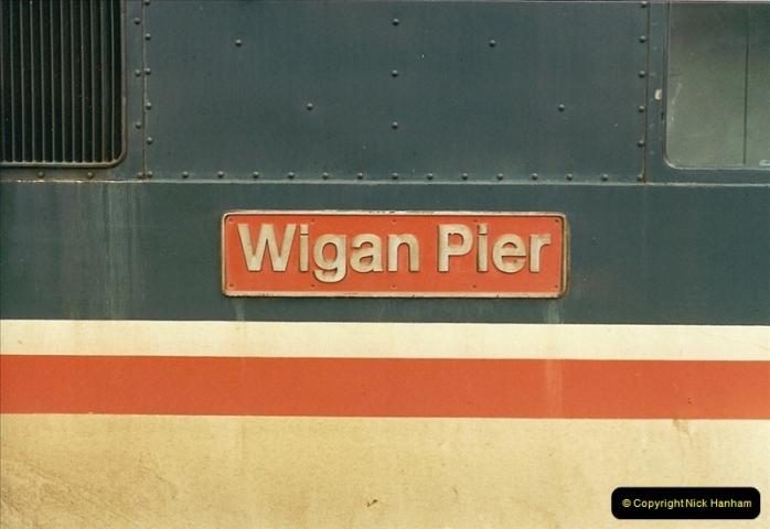 1989-02-11 Watford, Hertfordshire.  (22)0038