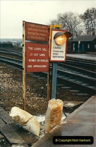 1989-02-25 Exeter St. Davids, Exeter, Devon.  (28)0139
