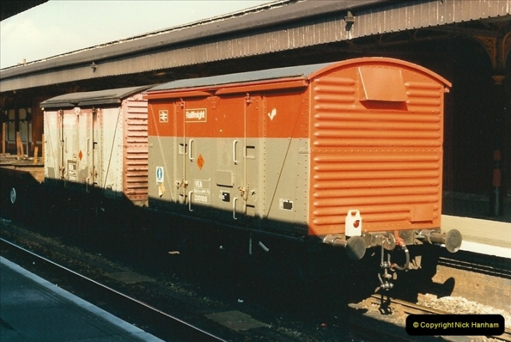 1989-04-03 Salisbury, Wiltshire.  (16)0194
