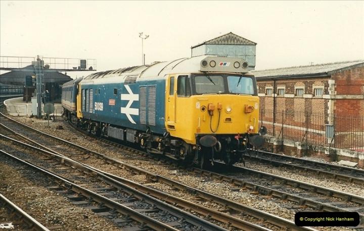 1989-04-03 Salisbury, Wiltshire.  (42)0220