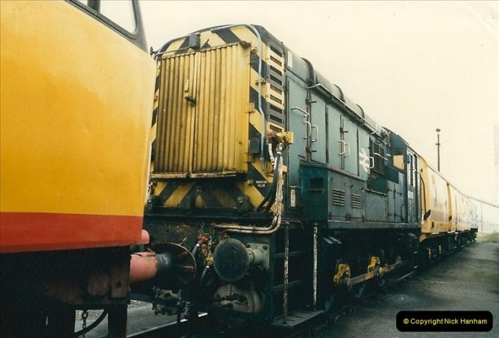 1989-04-17 Westbury, Wiltshire.  (15)0284