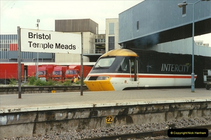 1989-08-18 Bristol Temple Meads, Bristol.  (14)0360