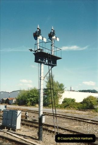 1989-08-20 Yeovil Pen Mill station, Yeovil, Somerset.  (1)0411