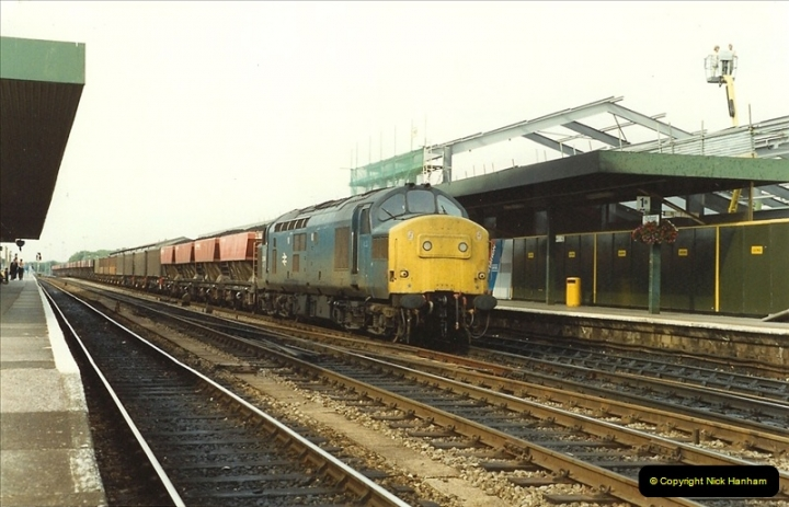 1989-09-01 Oxford, Oxfordshire.  (31)0457