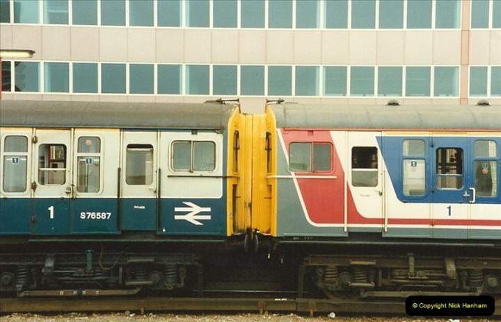 1989-09-30 Reading, Berkshire.  (29)0526