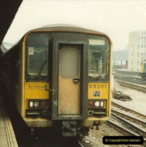 1989-10-03 Bristol Temple Meads, Bristol.  (24)0552
