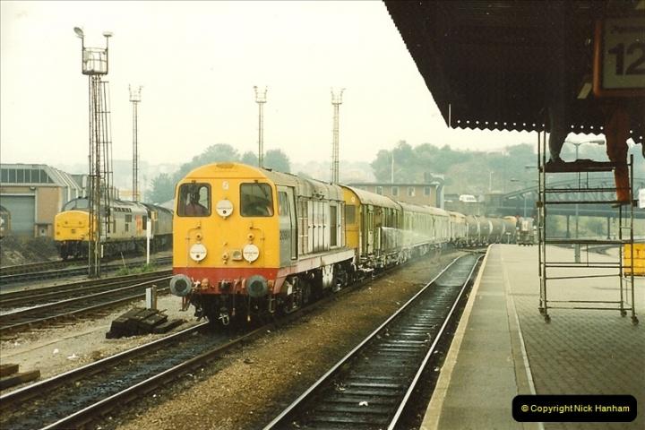 1989-10-03 Bristol Temple Meads, Bristol.  (9)0537