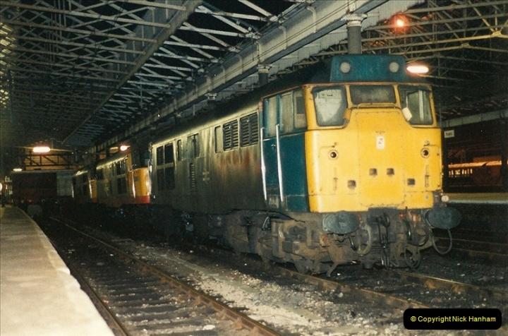 1989-10-25 Rugby, Warwickshire.  (8)0573