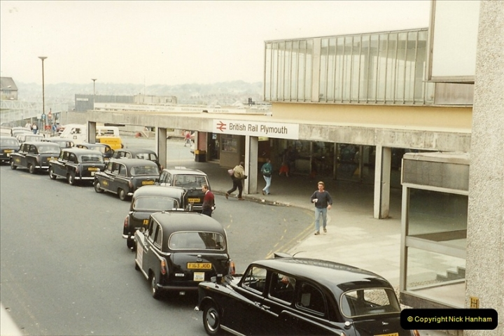 1989-10-27 Plymouth, Devon.  (1)0581