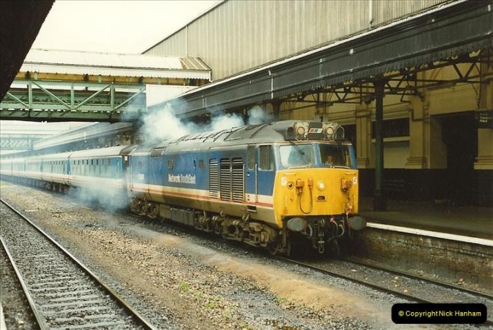 1989-10-28 Exeter St. Davids, Exeter, Devon.  (17)0620