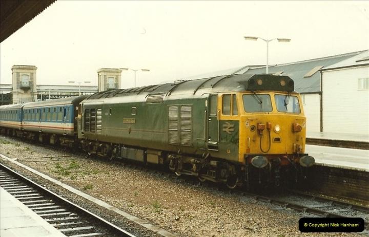 1989-10-28 Exeter St. Davids, Exeter, Devon.  (21)0624