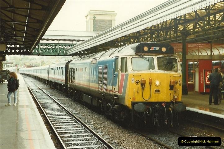 1989-10-28 Exeter St. Davids, Exeter, Devon.  (32)0635