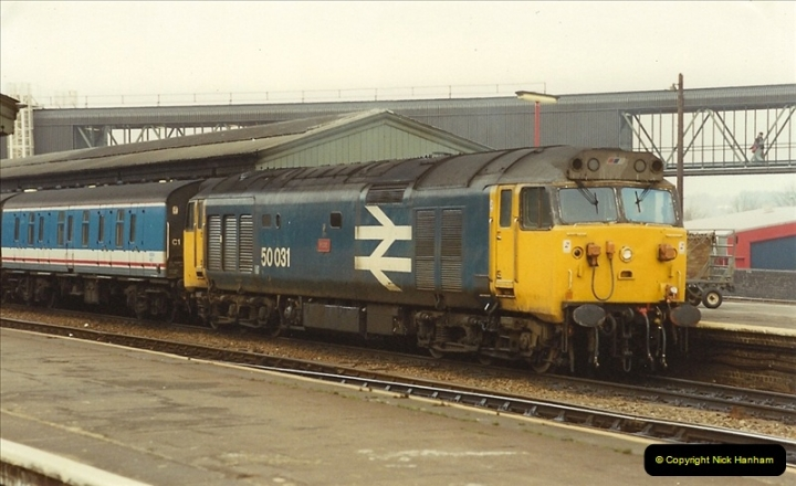 1990-01-04 Reading, Berkshire.  (11)0688