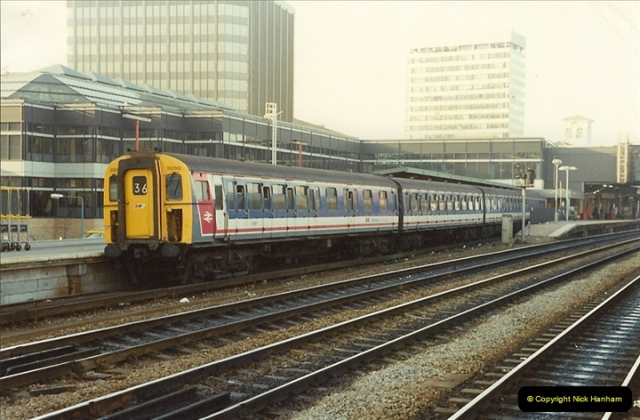 1990-01-04 Reading, Berkshire.  (17)0694
