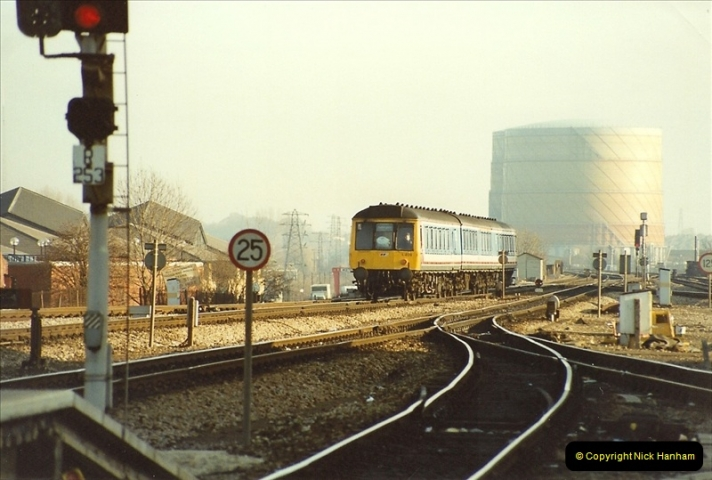 1990-01-04 Reading, Berkshire.  (20)0697
