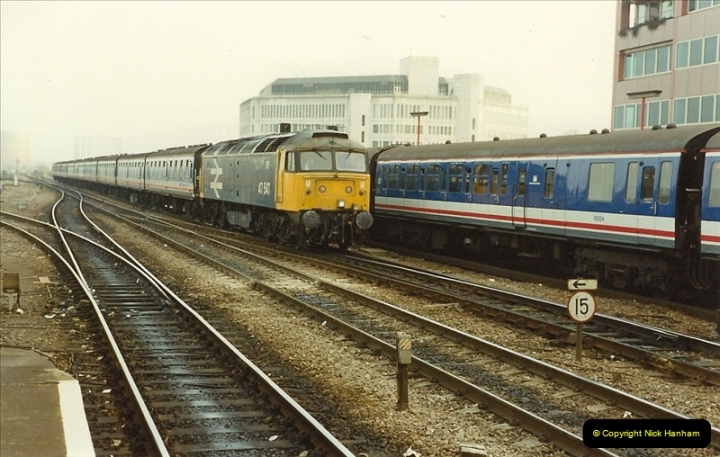1990-01-04 Reading, Berkshire.  (2)0679