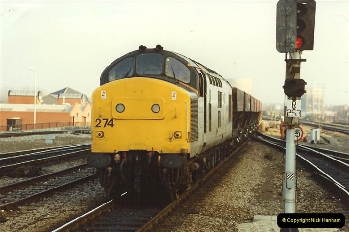1990-01-04 Reading, Berkshire.  (31)0708
