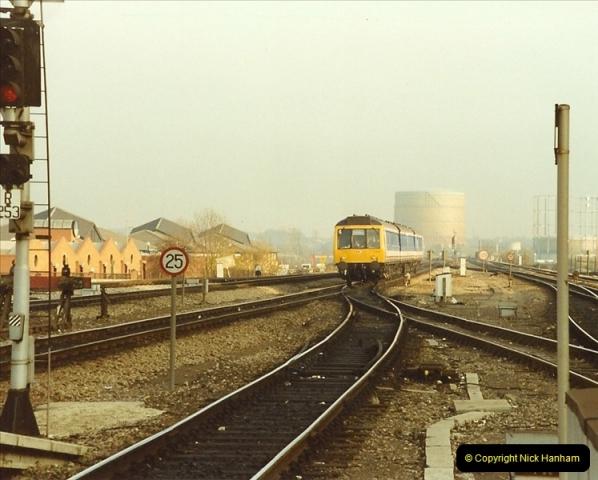 1990-01-04 Reading, Berkshire.  (6)0683