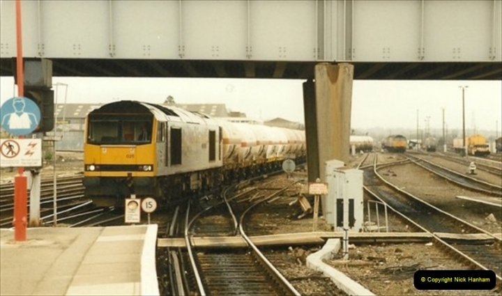 1991-04-05 Eastleigh, Hampshire.  (14)021