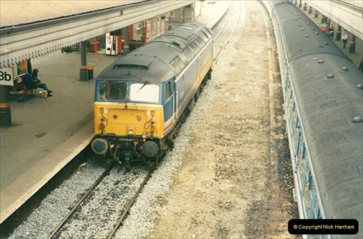1991-10-27 Exeter St. Davids, Eexeter, Devon.  (11)189
