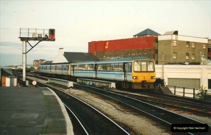 1992-08-26 to 27 Cardiff, South Wales.  (36)614