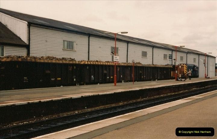 1993-05-22 Exeter St. Davids, Exeter, Devon (16)0091