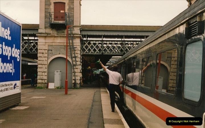 1993-05-22 Exeter St. Davids, Exeter, Devon (24)0099