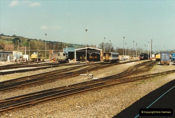 1995-04-12 Exeter St. Davids, Exeter, Devon (25)0209