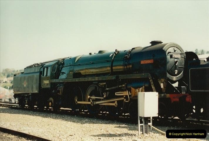 1995-04-12 Exeter St. Davids, Exeter, Devon (28)0212