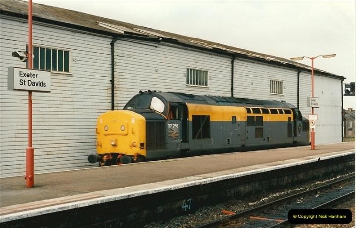 1995-04-12 Exeter St. Davids, Exeter, Devon (4)0188