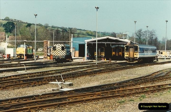 1995-04-12 Exeter St. Davids, Exeter, Devon. (30)0214