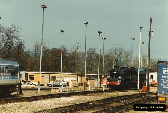 1995-04-12 Exeter St. Davids, Exeter, Devon. (33)0217