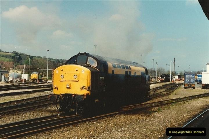 1995-04-12 Exeter St. Davids, Exeter, Devon. (34)0218