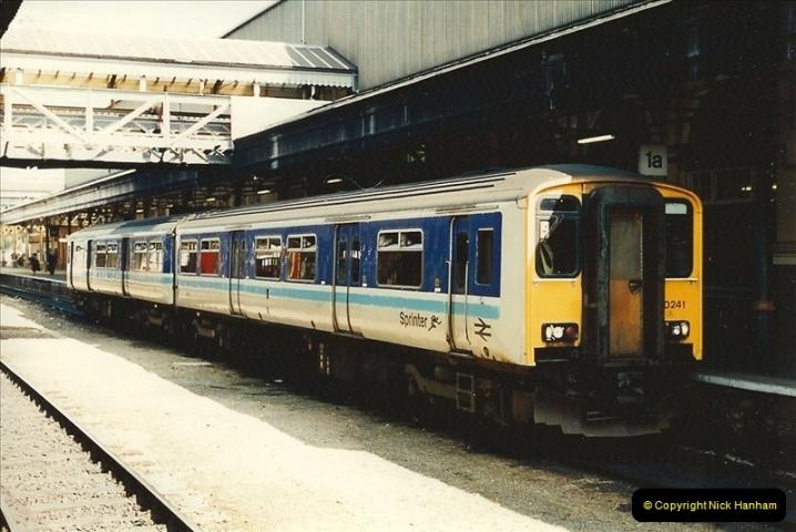 1995-04-12 Exeter St. Davids, Exeter, Devon. (36)0220