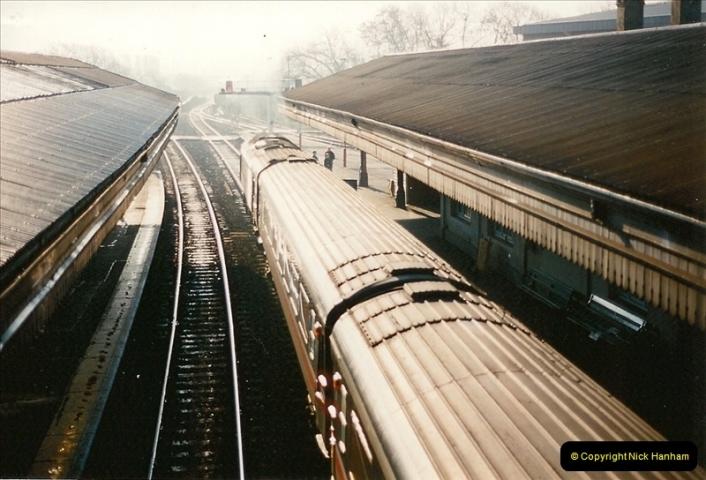 1995-12-09 Exeter St. Davids, Exeter, Devon (19)0323